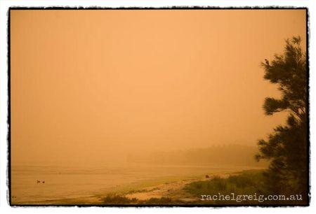 DustStorm_Lake2